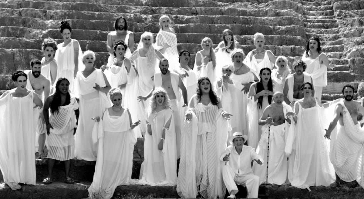 Οι «Εκκλησιάζουσες» κάνουν στάση στο Πόρτο- Ράφτη