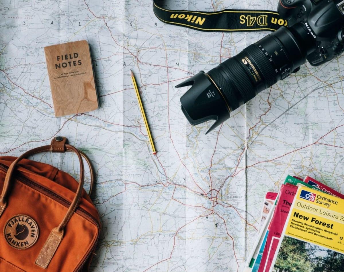 Έξυπνα tips για να οργανώσεις τέλεια το ταξίδι σου