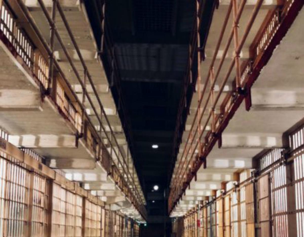 Είδα θεατρική παράσταση στις αντρικές φυλακές Κορυδαλλού