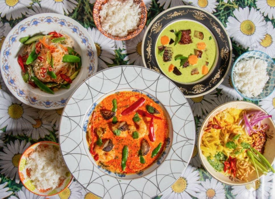Στο (ανανεωμένο) Patpong θα απολαύσεις αυθεντικό ταϊλανδέζικο street food