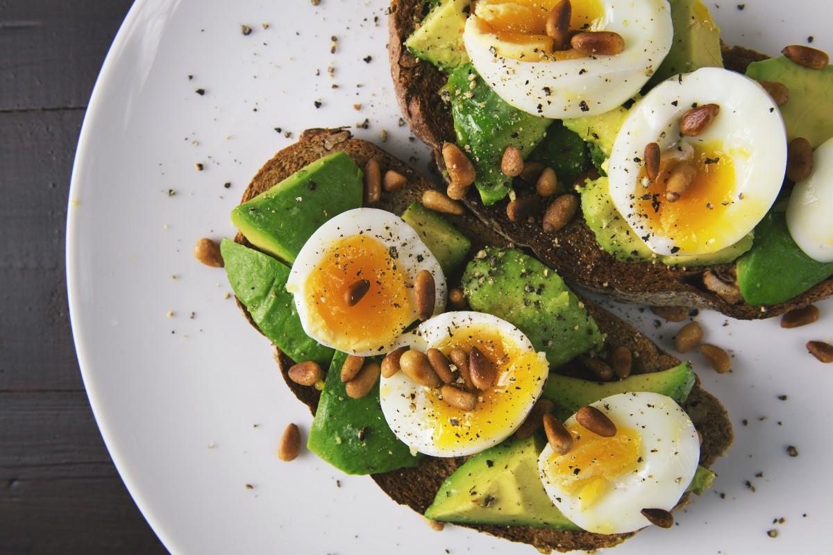 Ποιες είναι οι καλύτερες τροφές χωρίς υδατάνθρακες για δίαιτα