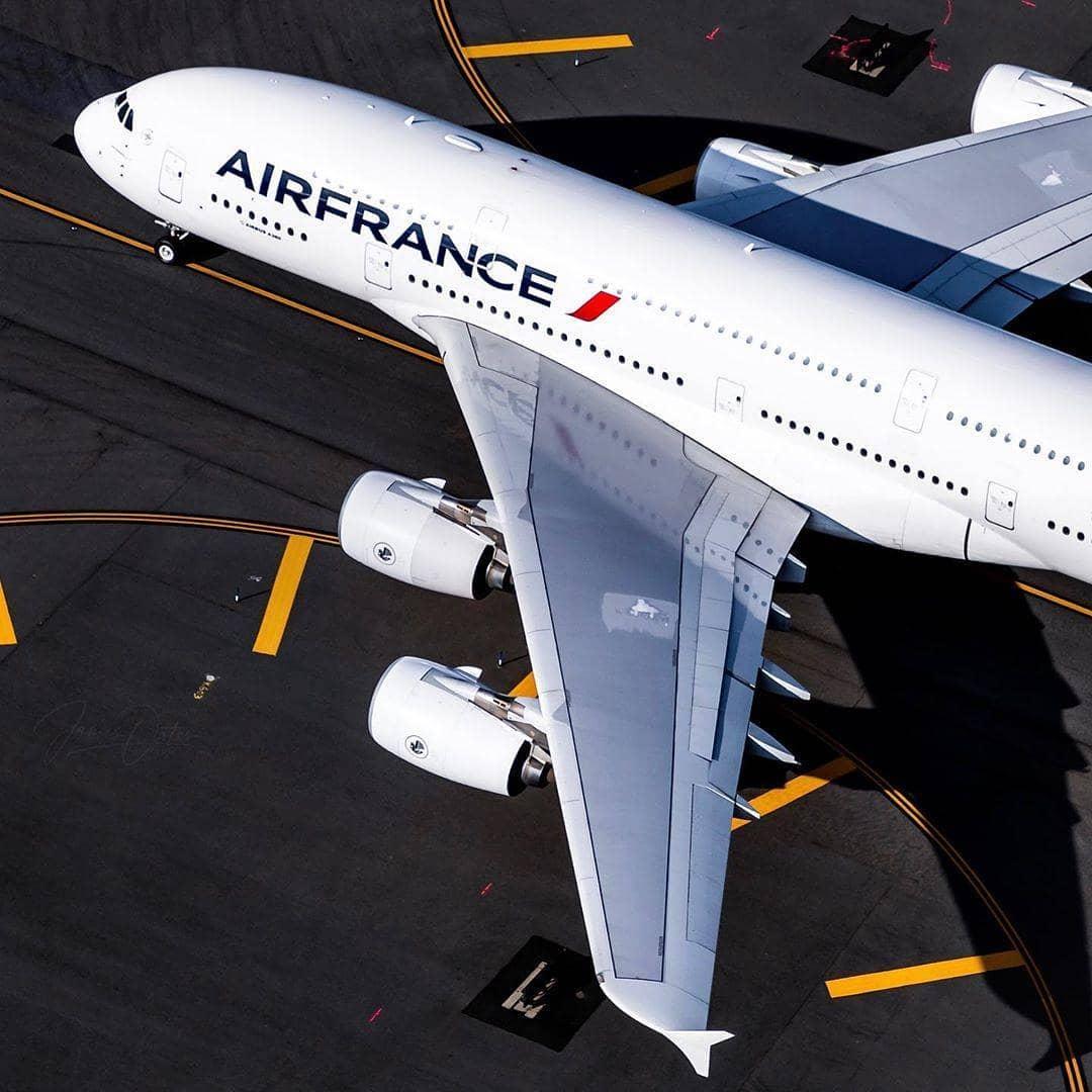 Υποχρεωτική η χρήση μάσκας σε όλες τις πτήσεις της Air France