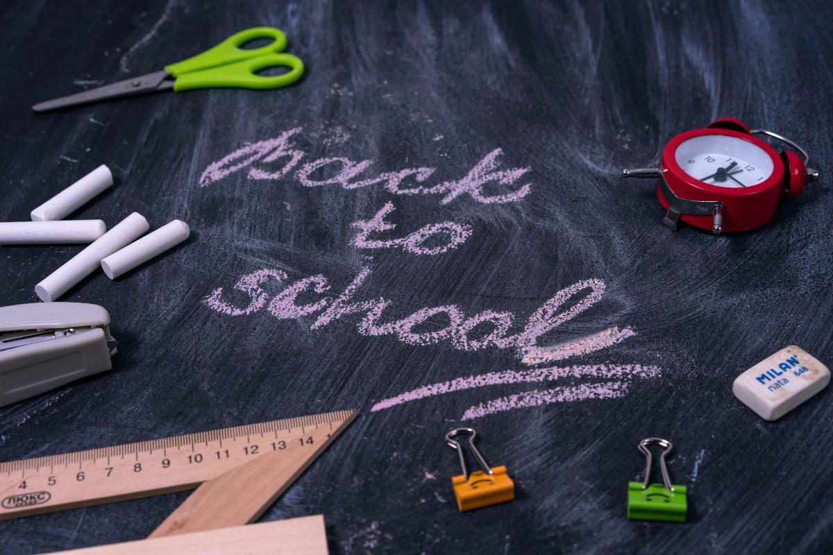 Άνοιγμα σχολείων: Τι θα ισχύσει για μαθητές και εκπαιδευτικούς σύμφωνα με το Υπουργείο Παιδείας