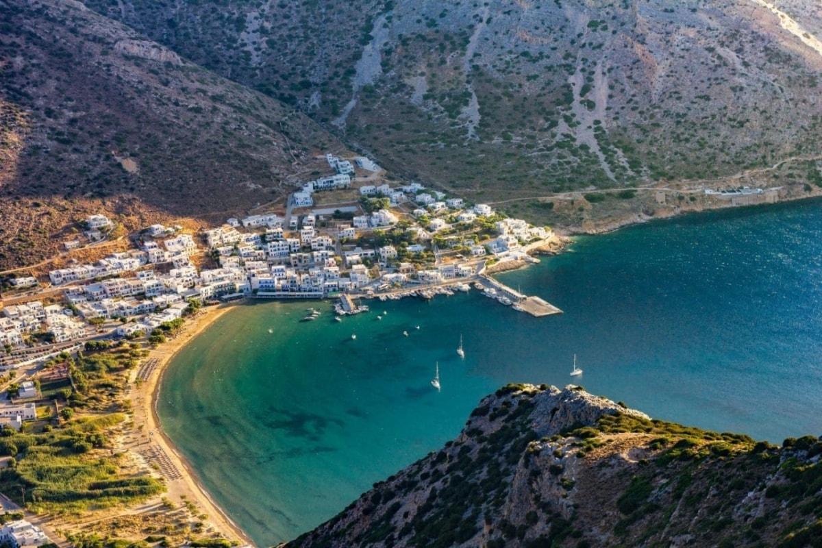 Focus: Αυτά είναι τα 5 ελληνικά νησιά που προτείνει στους Γερμανούς για καλοκαιρινές διακοπές