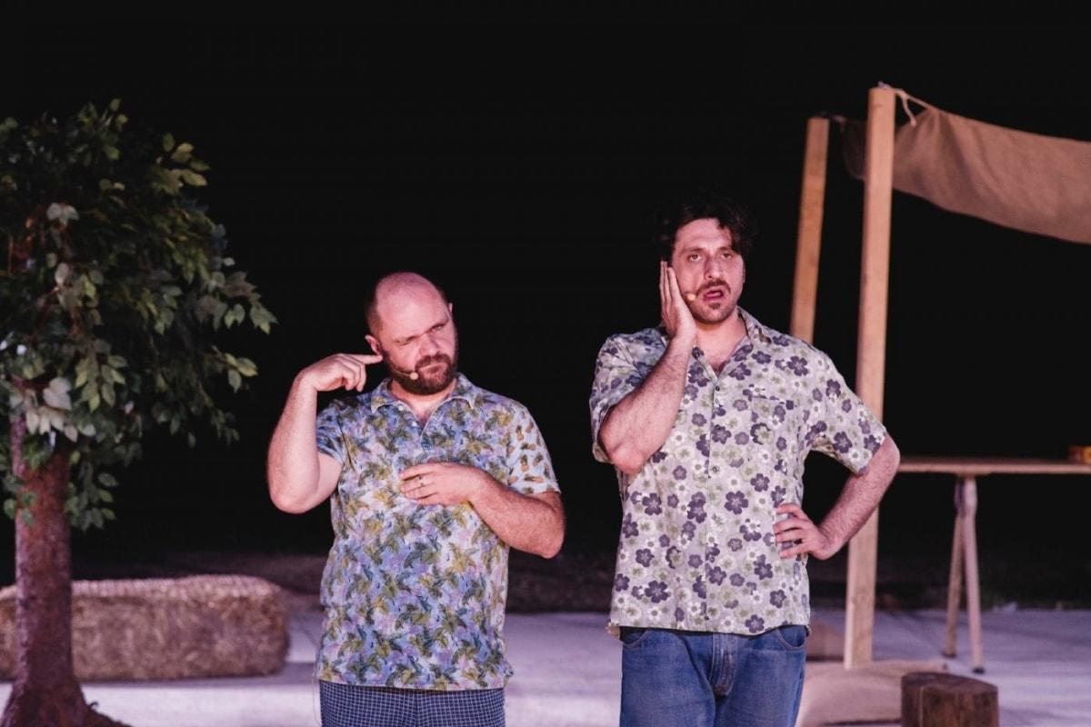 """""""Πέτρες στις τσέπες του"""": Επιστρέφουν μόνο για μια βραδιά στο θέατρο Ηλιούπολης"""