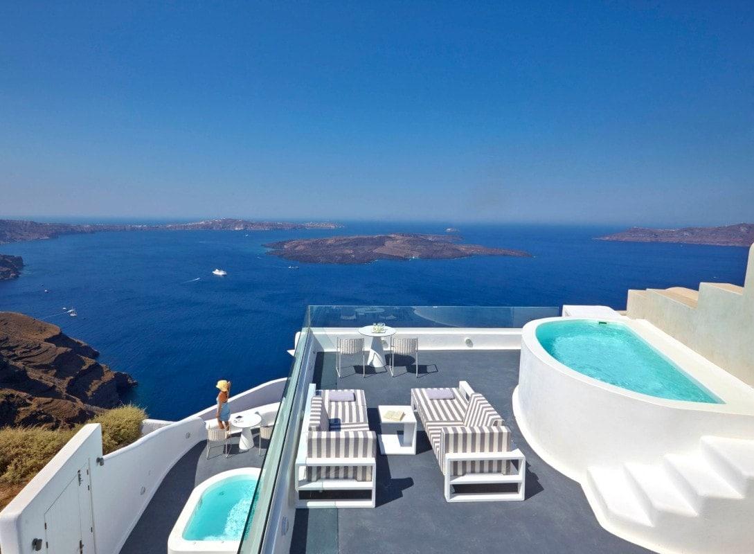 Ελληνικό καλοκαίρι στις Κυκλάδες της Aqua Vista Hotels