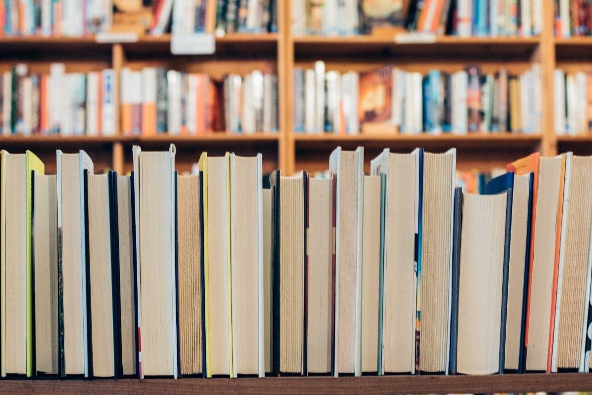 Ο θεσμός των βραβείων βιβλίου Public επιστρέφει για 7η χρονιά