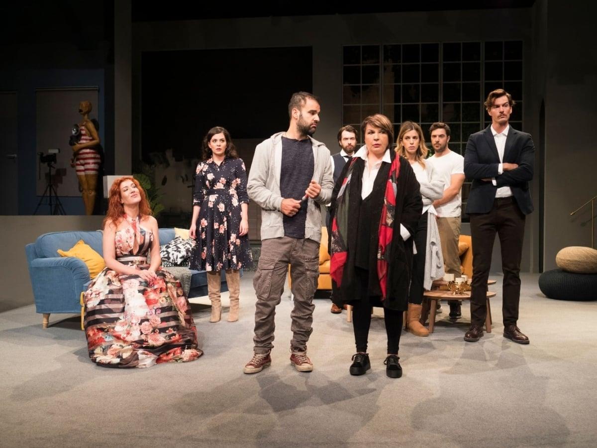 Η θεατρική παράσταση του Γιώργου Καπουτζίδη επιστρέφει στο Ήβη