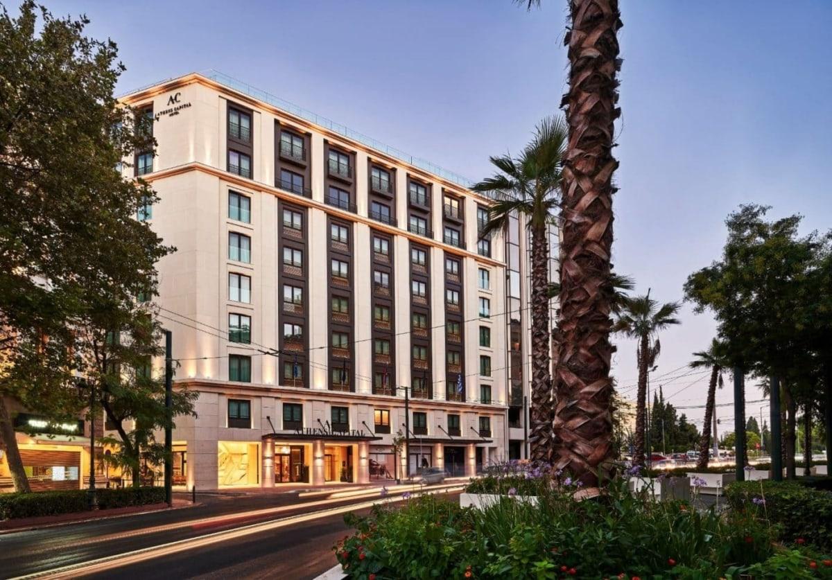 Το νέο ξενοδοχείο, στη Πλατεία Συντάγματος, συστήνει μια ιδιαίτερη φιλοσοφία φιλοξενίας στο ελληνικό κοινό