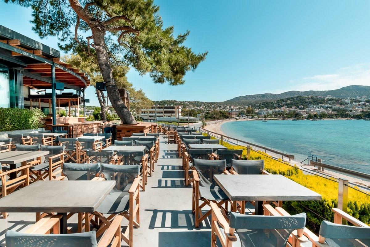 Κορονοϊός: Κλείνουν από Τρίτη (03/11) εστιατόρια, μπαρ, θέατρα και γυμναστήρια