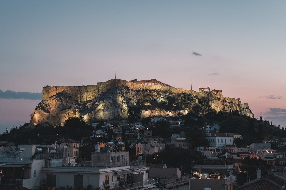 Αθήνα: Μια ημέρα πριν το δεύτερο lockdown (video)