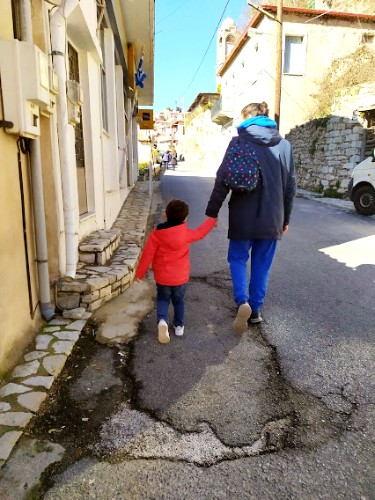 Μονοήμερη εκδρομή με μικρό παιδί στη Δημητσάνα