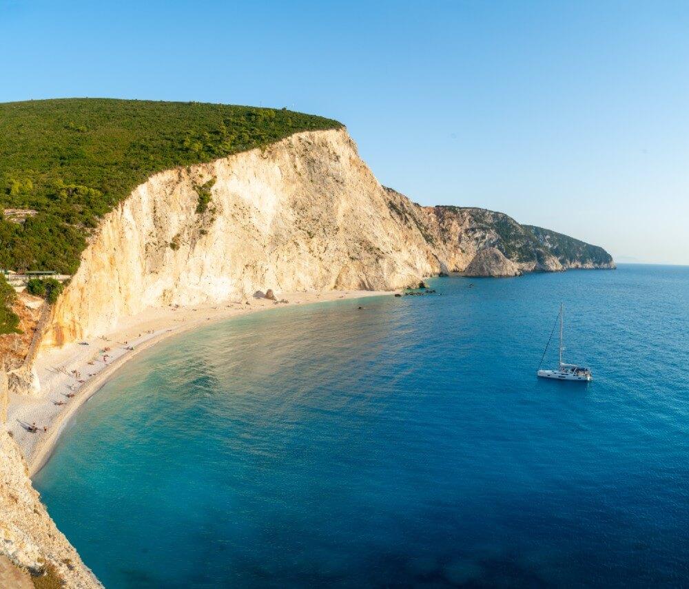 Πόρτο Κατσίκι: Η παραλία που είναι ανάμεσα στις έξι κορυφαίες της Μεσογείου (video)